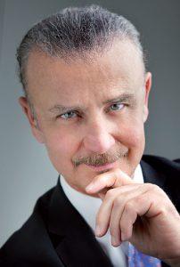 Il Prof. Gianfranco Aiello, dentista delle star